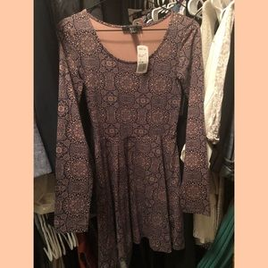 NWT Forever 21 Long Sleeve Navy Printed Dress